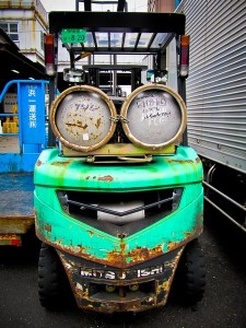 5169291-a_happy_forklift-0