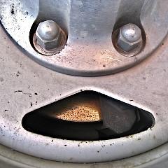 hubcap-smiley-3