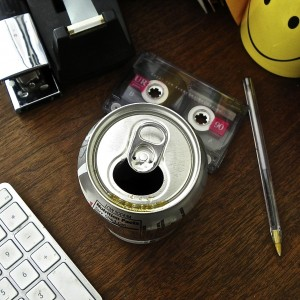 can-on-desk-smiley